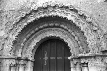 Hales St Margaret's church Norman N door 09.03.1940