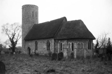 Hales St Margaret's church from SE 09.03.1940