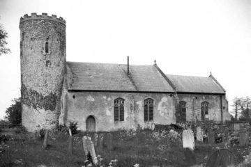 Hardley St Margaret's church south side 25.05.1940