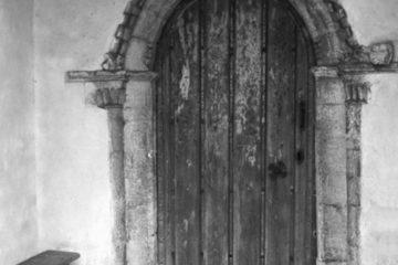 Hardwick St Margaret's church Norman S door 09.07.1940