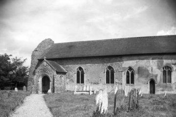 Hardwick St Margaret's church south side 09.07.1940