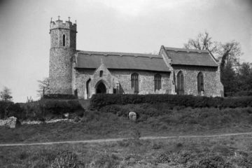 Hassingham St Mary's church south side 04.05.1940