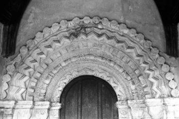 Heckingham St Gregory's Norman south door 09.03.1940