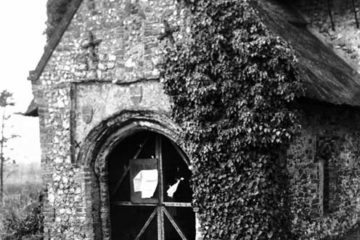 Heckingham St Gregory's church south porch 09.03.1940