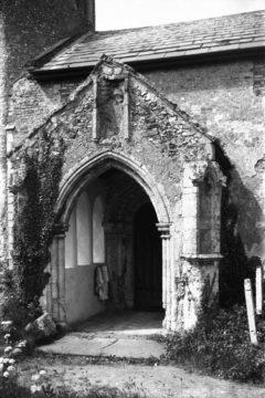 Hellington St John Baptist's church S porch 25.05.1940