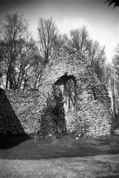 Keswick All Saints church chancel ruin 09.04.1939