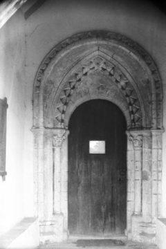 Lt Snoring St Andrew's church Norman S door 28.07.1950