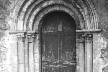 Shereford St Nicholas' church Norman S door 28.07.1950