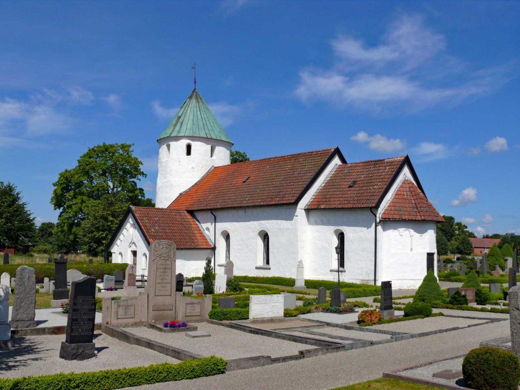 Hammarlunda kyrka churches